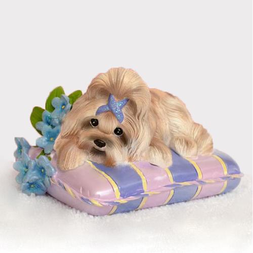 Собачка на подушке 3D