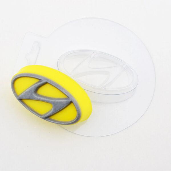 Авто Hyundai, форма пластиковая